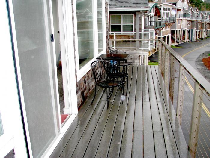 deck third floor