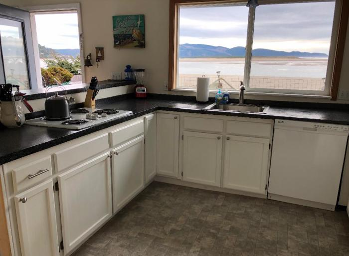 Sand Castle kitchen ocean view