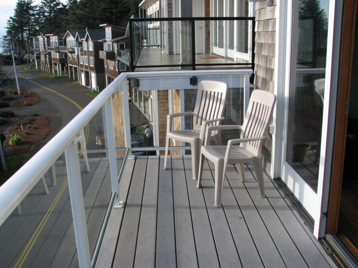 deck view sit