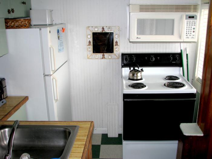 Anchor's Away kitchen galley