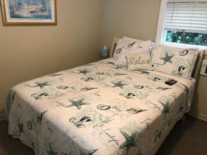 Gull's Call bedroom