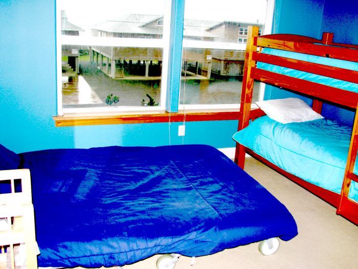 bunk bedroom kids