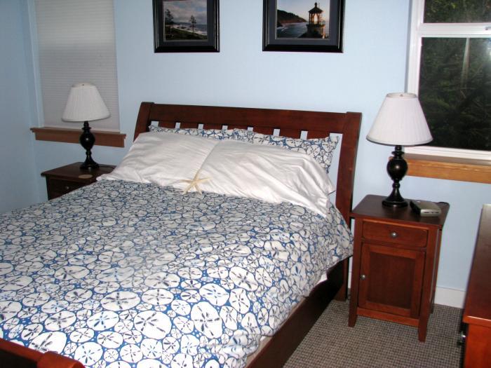 queen bed comfortable
