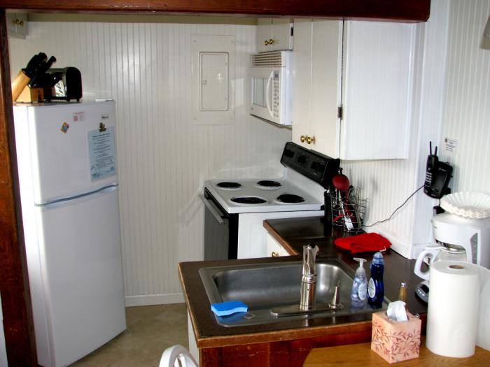 Gull's Call kitchen